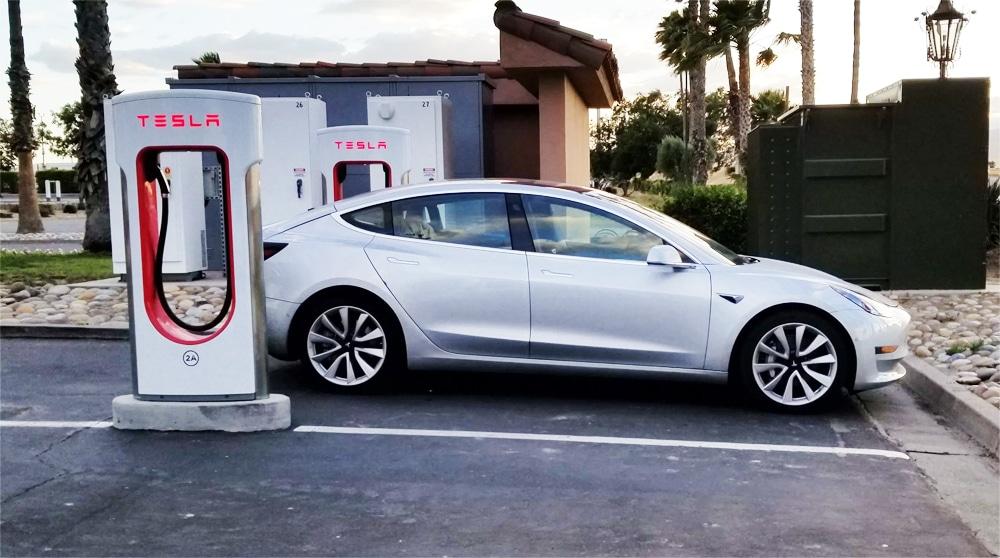 Avances tecnológicos y planes de desarrollo de Tesla